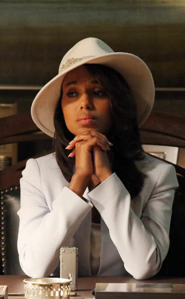 rs_634x1024-131002110741-634.Kerry-Washington-Scandal-Wardrobe2.jl.100213_copy.jpg