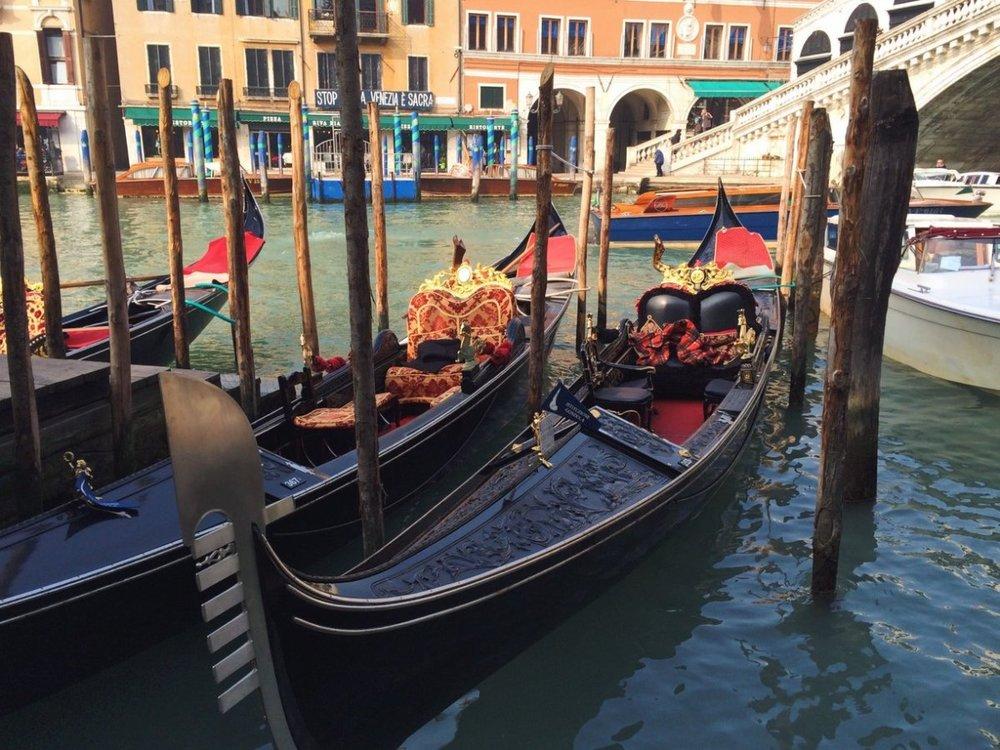 britton-perelman-venice-gondolas.jpg