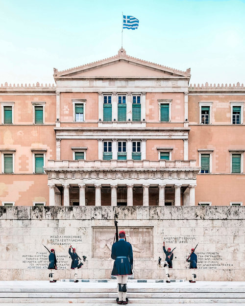 Photo by  @NicanorGarcia | Hellenic Parliament | Athens, Greece