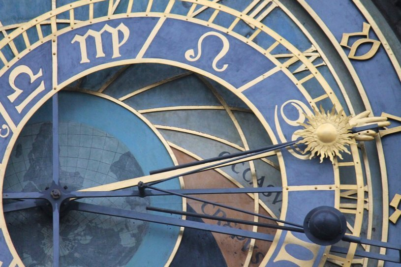 britton-perelman-prague-clock-close-up.jpg