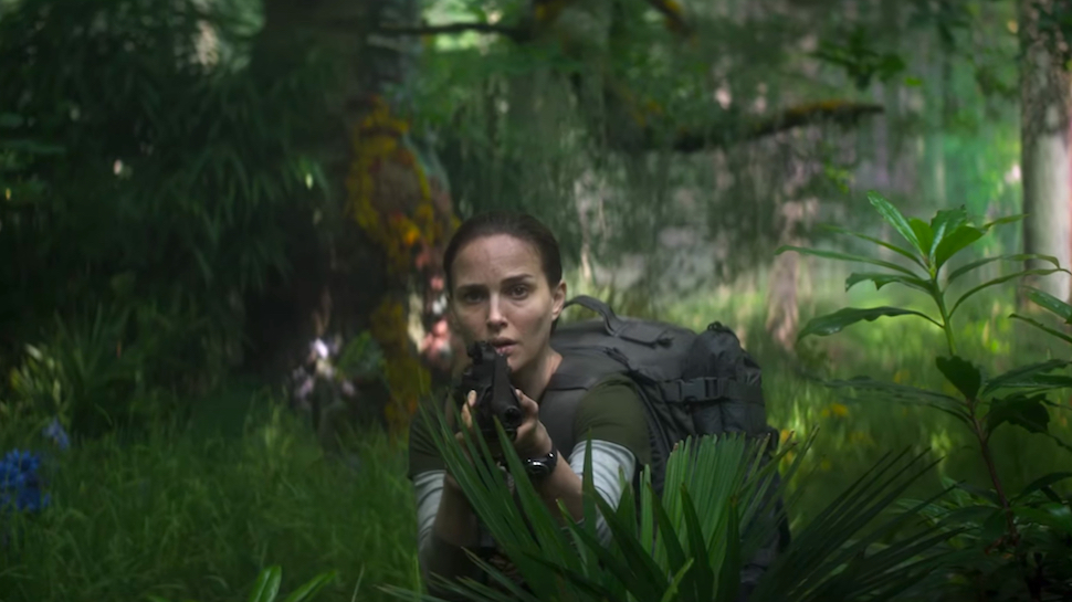 annihilation-natalie-portman-shooting-deer.jpg