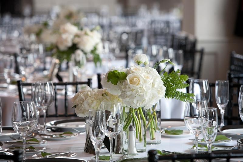 Chicago wedding, white flowers, Warwick Allerton Chicago hotel