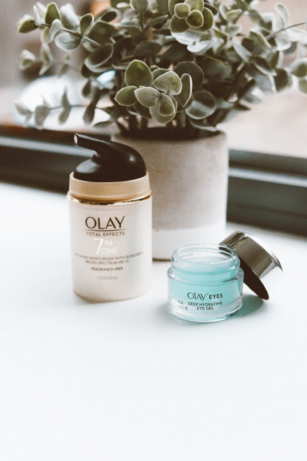 Caila Quinn The Bachelor Olay 28-Day Challenge
