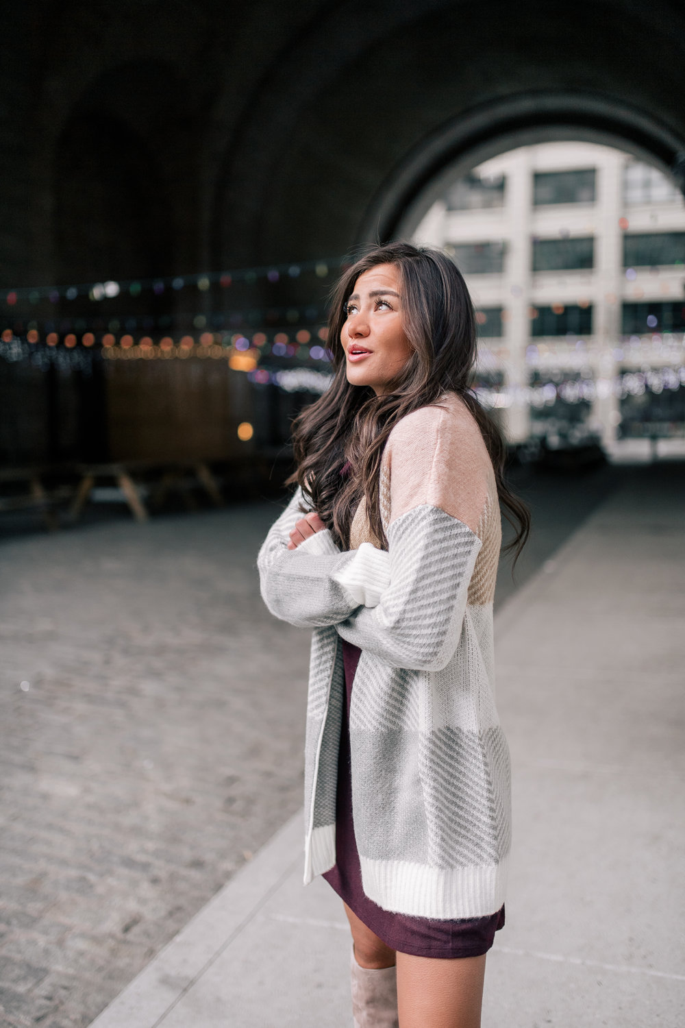 The Bachelor Halfie Caila Quinn Christmas Time Fashion Blogger for Stage Stores Maroon Sweater Dress and blush sweater