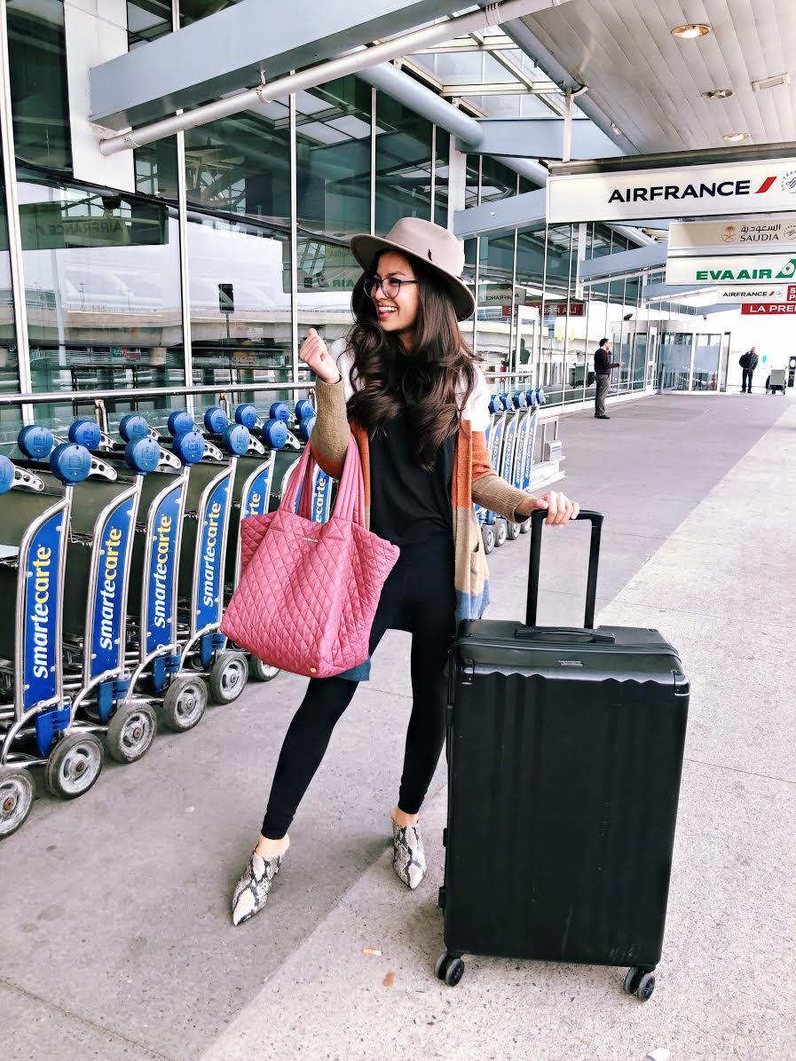 Caila Quinn the bachelor travel blogger MZ Wallace carry on bag blog post