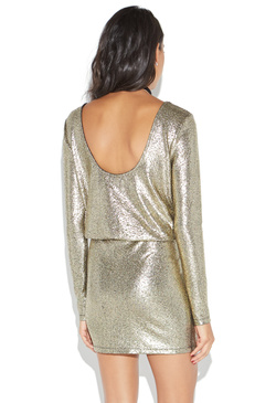 Metallics - be on trend this VDay