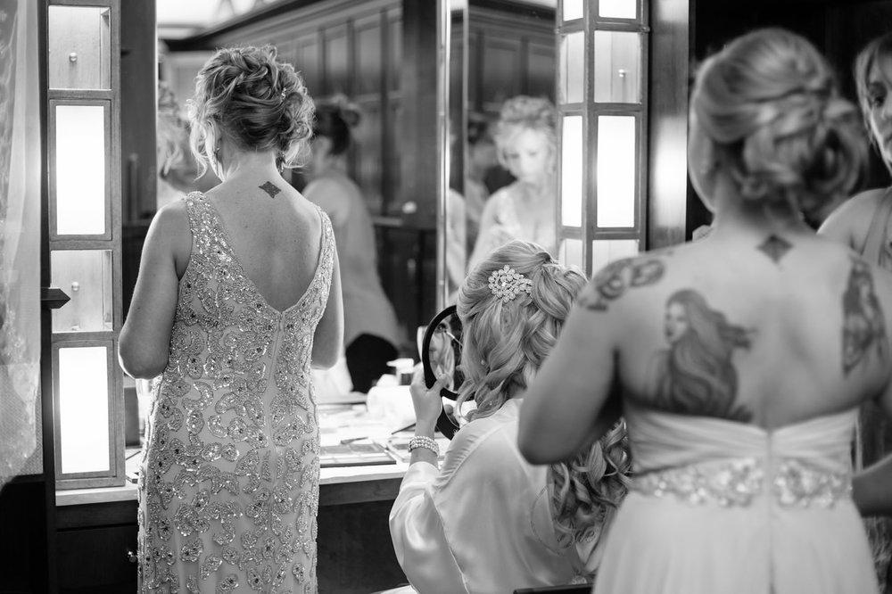 010-nyc-wedding-photographer-pa-nemacolin-smitten-chickens.jpg