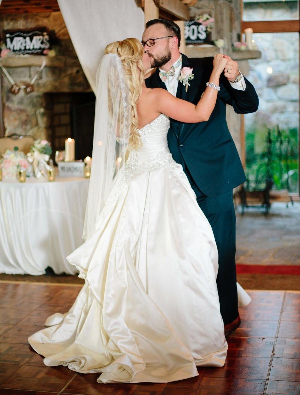 047-nyc-wedding-photographer-pa-nemacolin-smitten-chickens.jpg