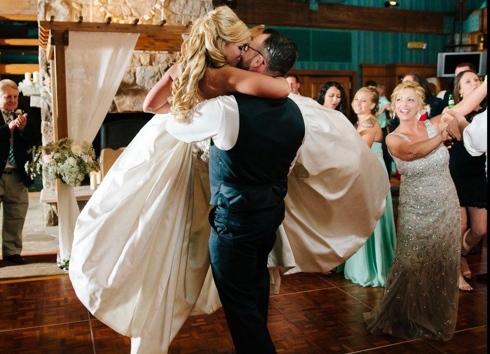 077-nyc-wedding-photographer-pa-nemacolin-smitten-chickens.jpg