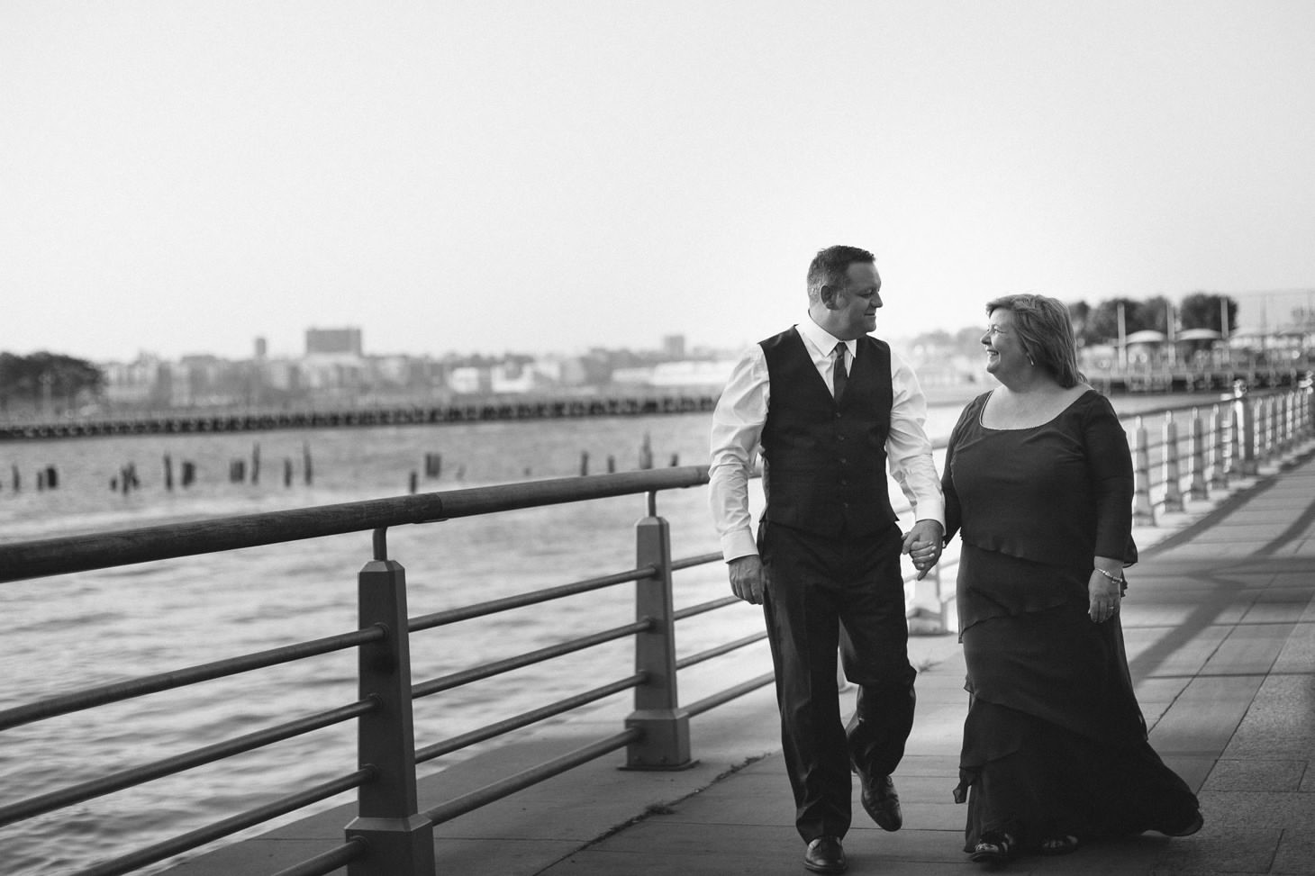 Alison And Richard S Nyc Elopement On A Boat New England And Nyc