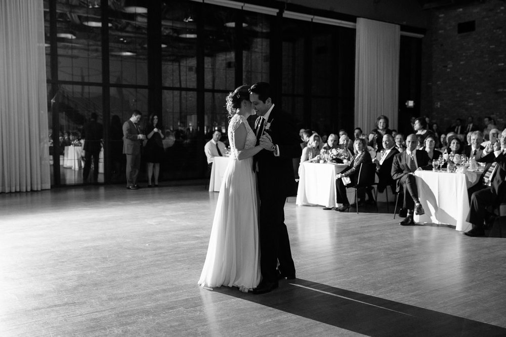 025-nyc-wedding-photographer-beacon-roundhouse-.jpg