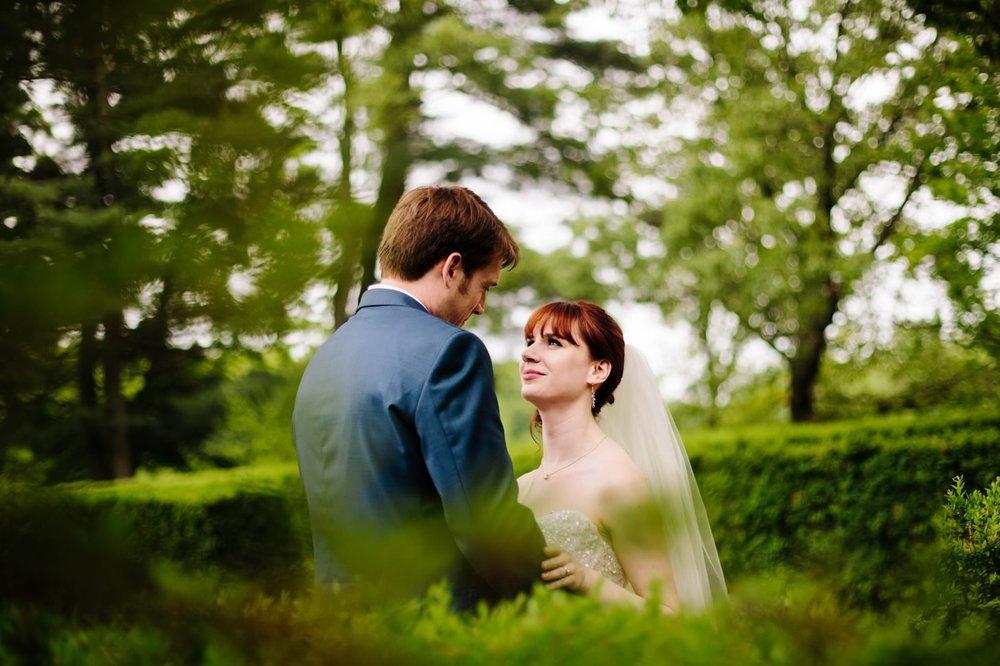 022-nyc-wedding-photographer-smitten-chickens-elope-nyc-wedding-photographer-museum-wedding-smitten-chickens-morris-museum-nj.jpg