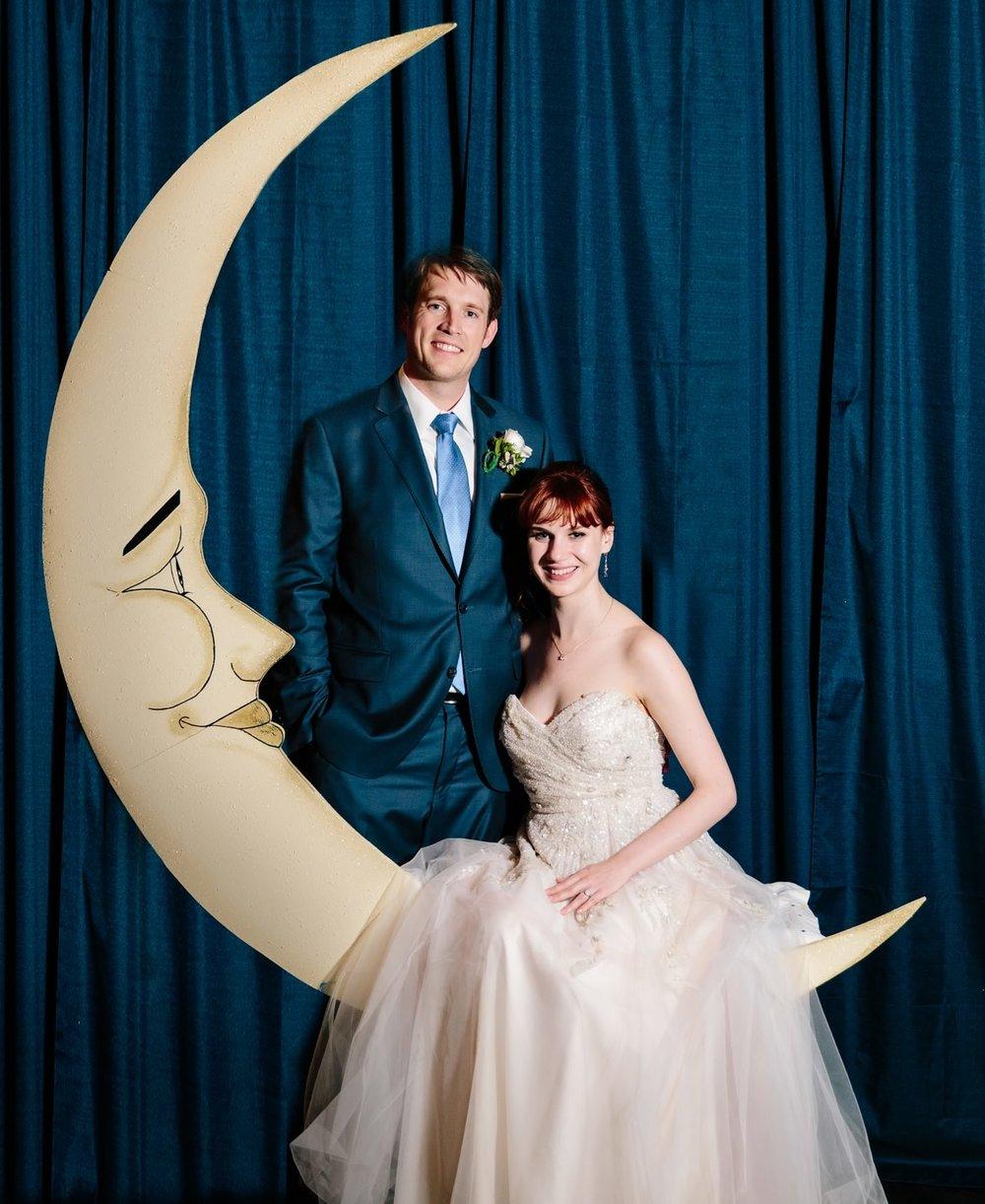024-nyc-wedding-photographer-smitten-chickens-elope-nyc-wedding-photographer-museum-wedding-smitten-chickens-morris-museum-nj.jpg