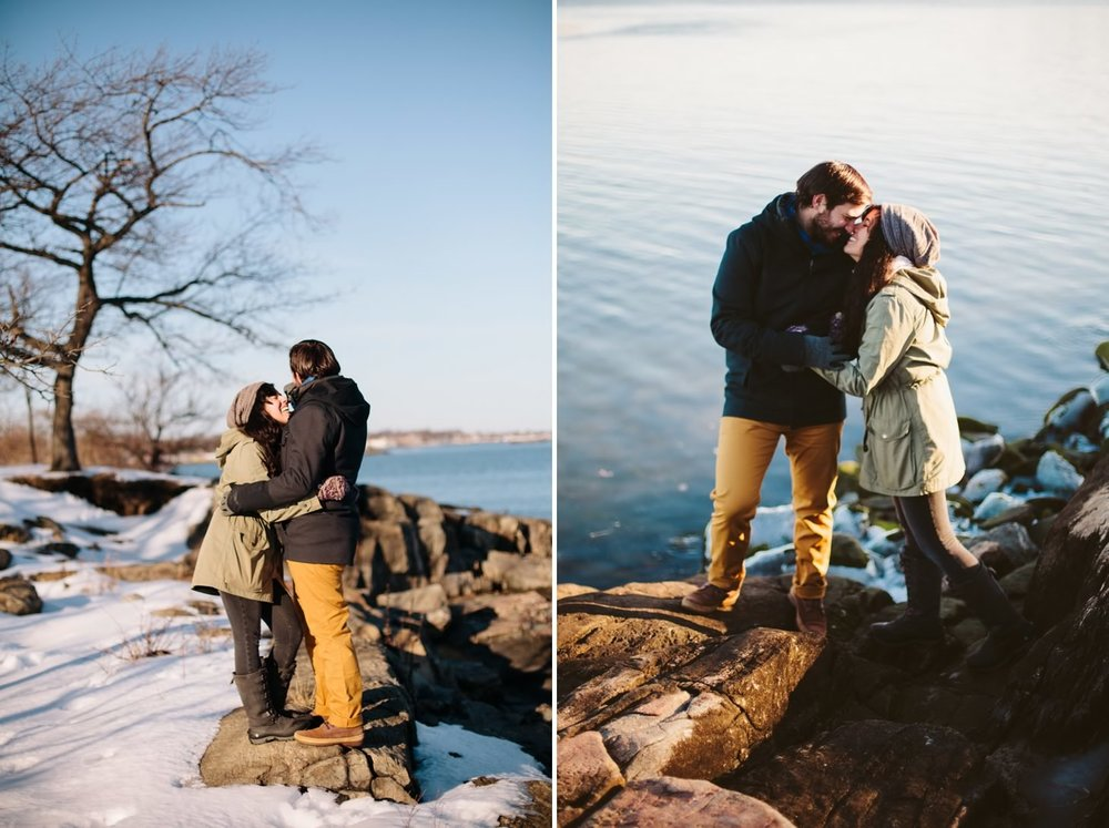 027-nyc-wedding-photographer-orchard-beach-bronx-engagement-winter-smitten-chickens.jpg
