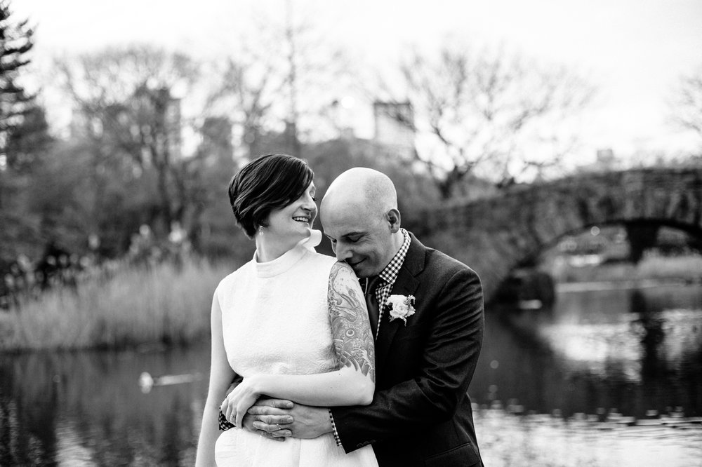 NYC-Central-Park-Elopement-Photographer-Gapstow-Bridge-Smitten-Chickens
