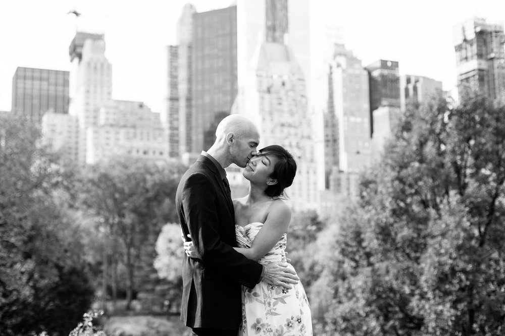008-NYC-Elopement-Photography-SmittenChickens-Central-Park-Mandy-Sean.jpg