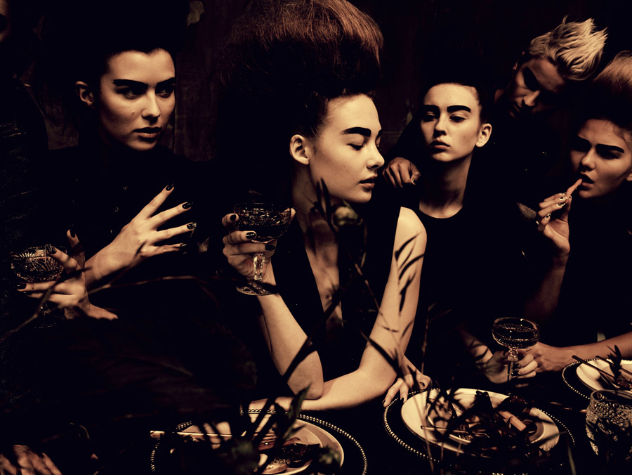 20151117_MCxMC_Image_004_Hunger_1_2014_Vogue_Italia