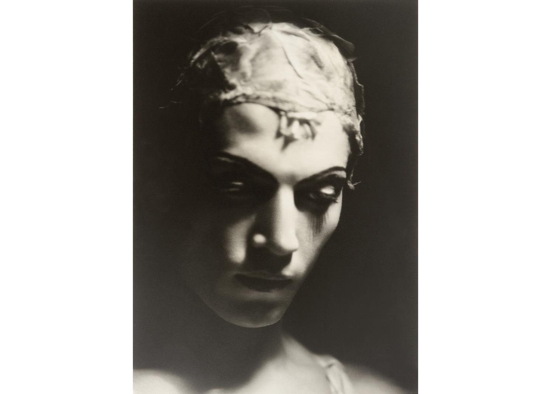 4. Heinrich_Serge Lifar, %22El espectro de la rosa,%22 1935_lowres