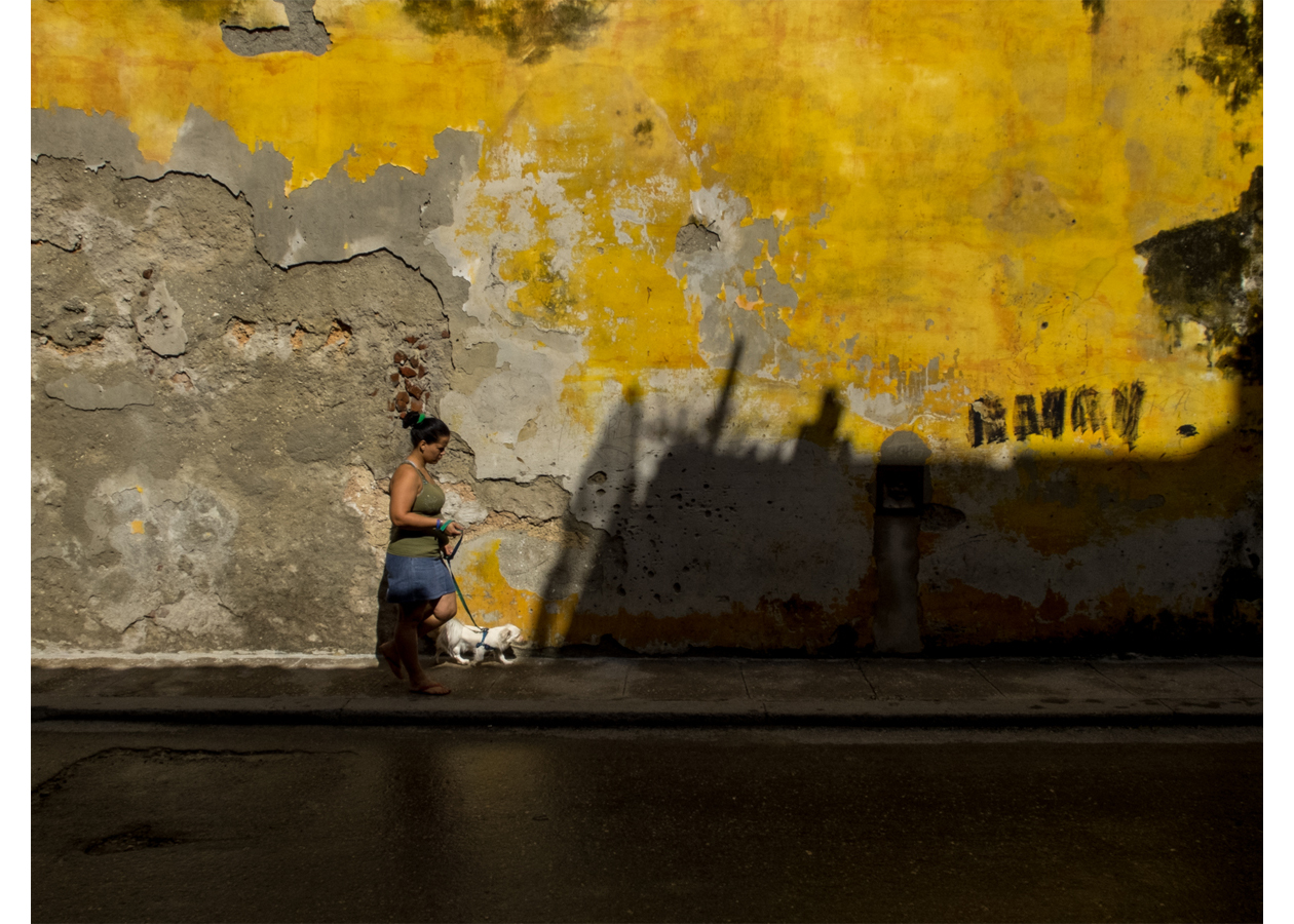F. Emmanuel Bastien_Under The Cuban Sun_Walking into a tunnel_Havana Nov 2014