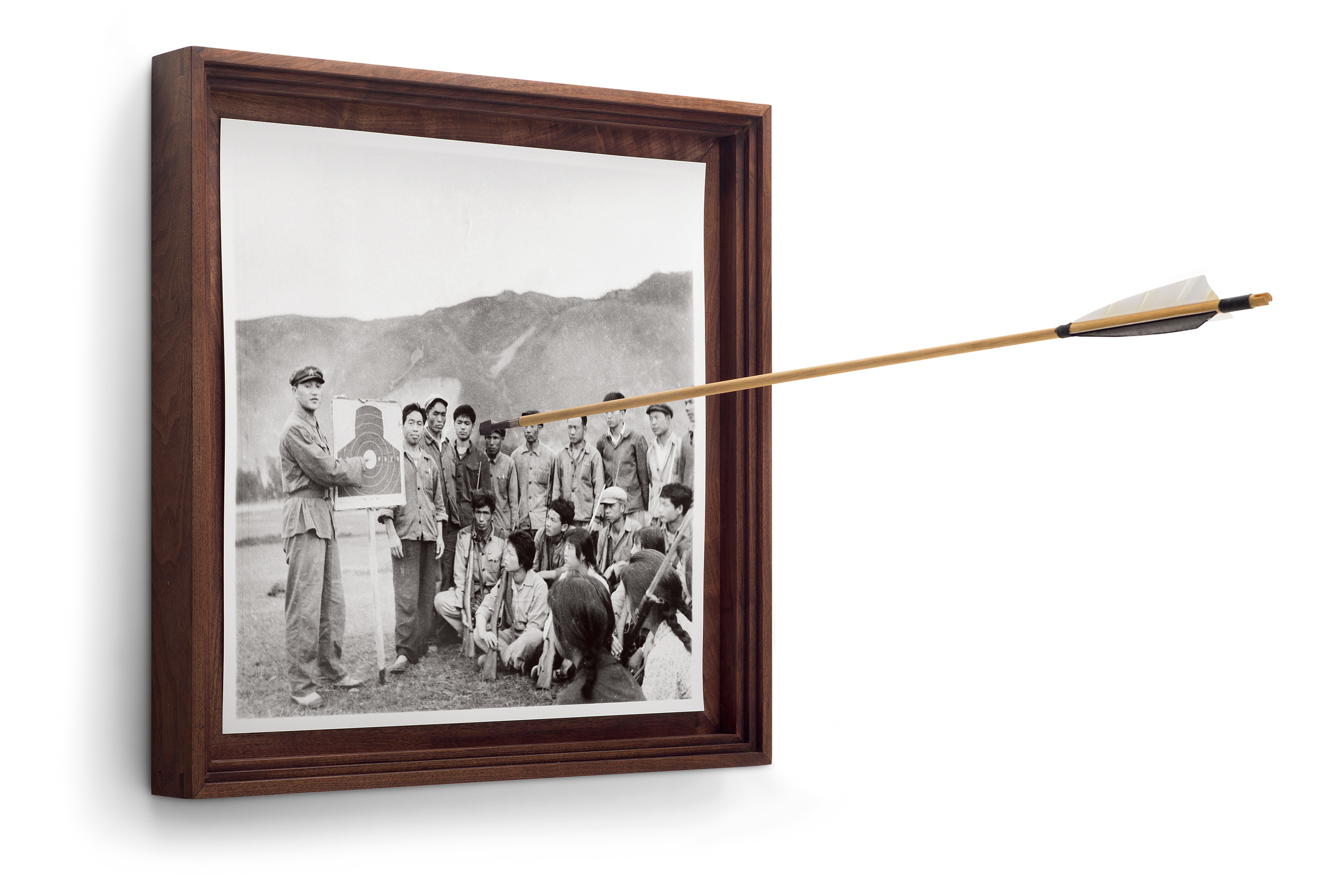 Cai_Dongdong_Off_the_Target_silver_gelatin_print_arrow_54x54x80cm_2015