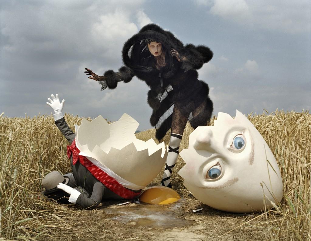 Karlie Kloss Humpty Dumpty