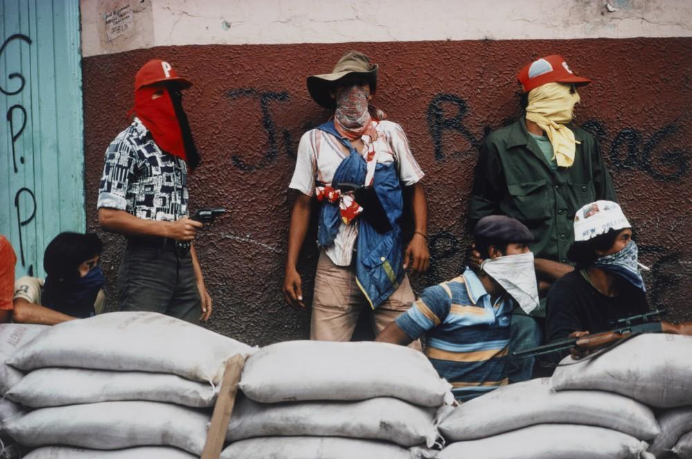 Meiselas - Muchachos Await Counter Attack