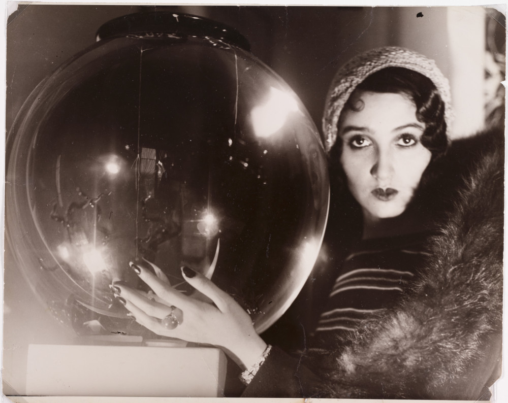 The Crystal Ball_Jacques-Henri Lartigue