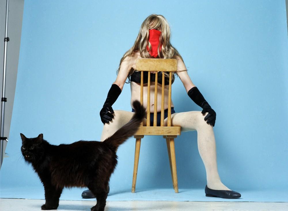 016-Rona-Yefman-mairav with black cat-lr