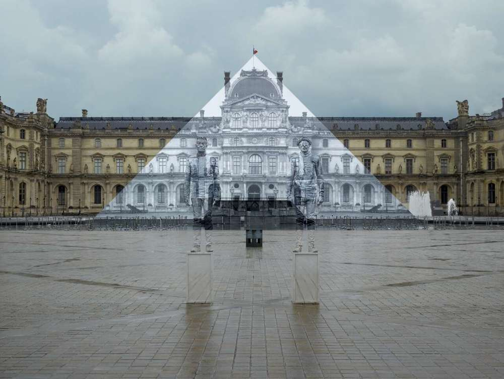 Hidden in the City: the Louvre Pyramid (with JR), 2016, Courtesy of Liu Bolin & JR.