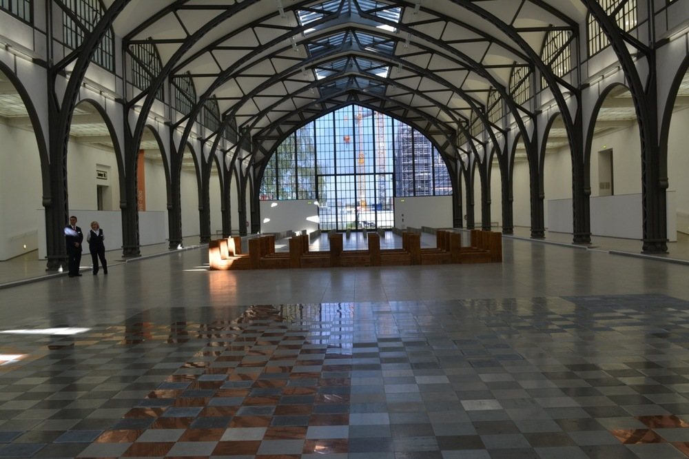 ©Lloyd Peterson,  Installation of Carl Andre at Hamburger Bahnhof Berlin, May 2016