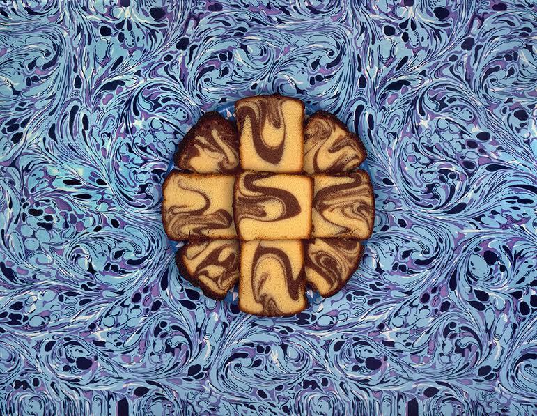 Sandy Skoglund, Nine Slices of Marble Cake, 1978. (c) Sandy Skoglund; Courtesy of the artist and RYAN LEE, New York.