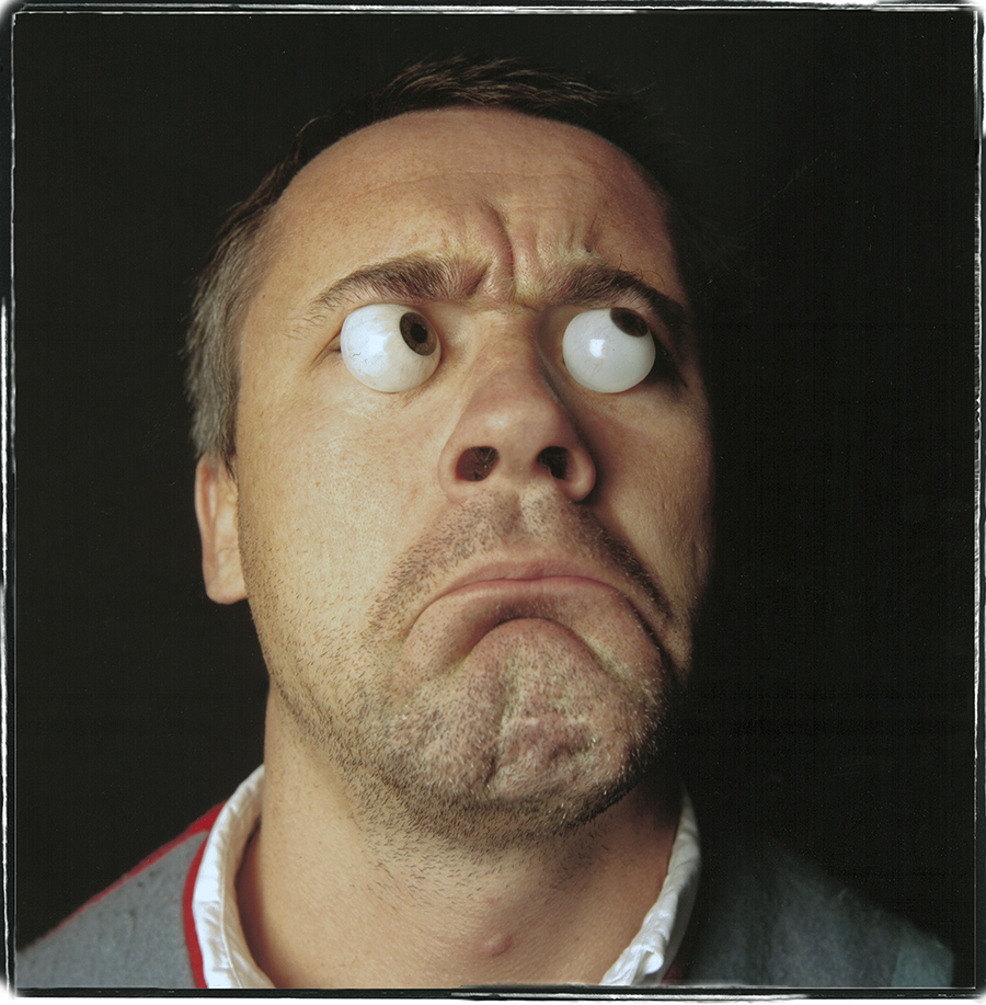 Damien Hirst-London-1999 © Steve Pyke