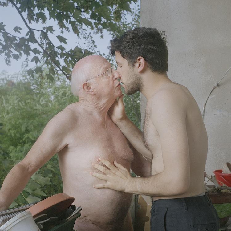 Kissing Rolf ©Matthew Morrocco