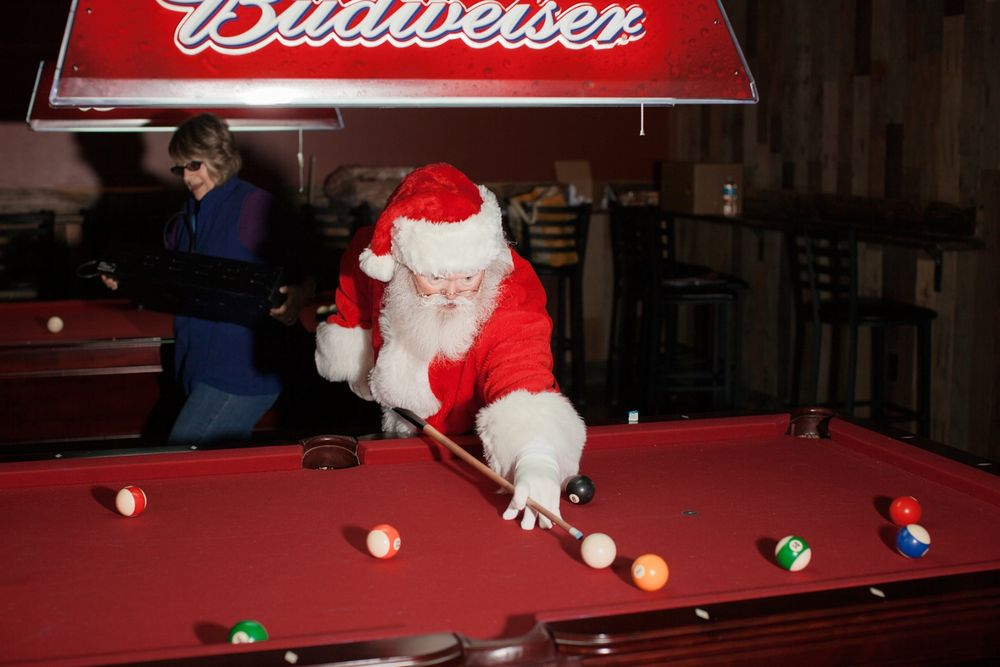 Dive Bar Santa.  Las Vegas, NV . 2013. Stoney's Rockin' Country © Jesse Rieser