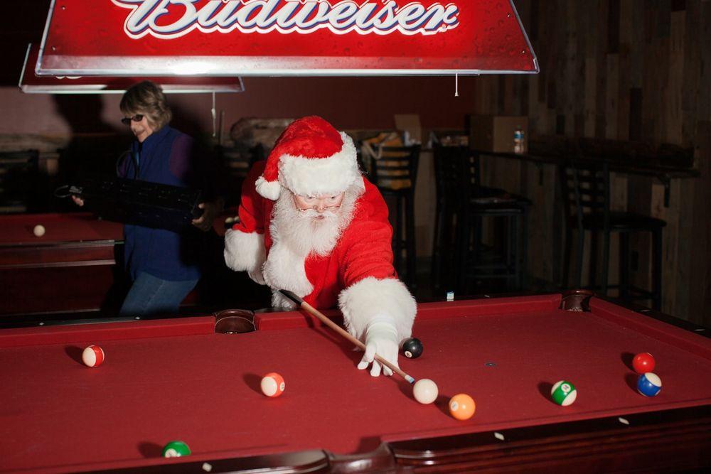 Dive Bar Santa.  Las Vegas, NV . 2013. Stoney's Rockin' Country © Jesse Rieser