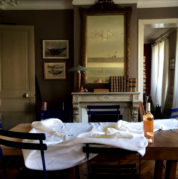 Before brunch at Evelyne and Thérèse's. Clichy, Paris, France. August 9, 2014, 10:54:25am   Latitude: 48°52'60''N, Longitude: 2°19'49''E  © Robert Herman