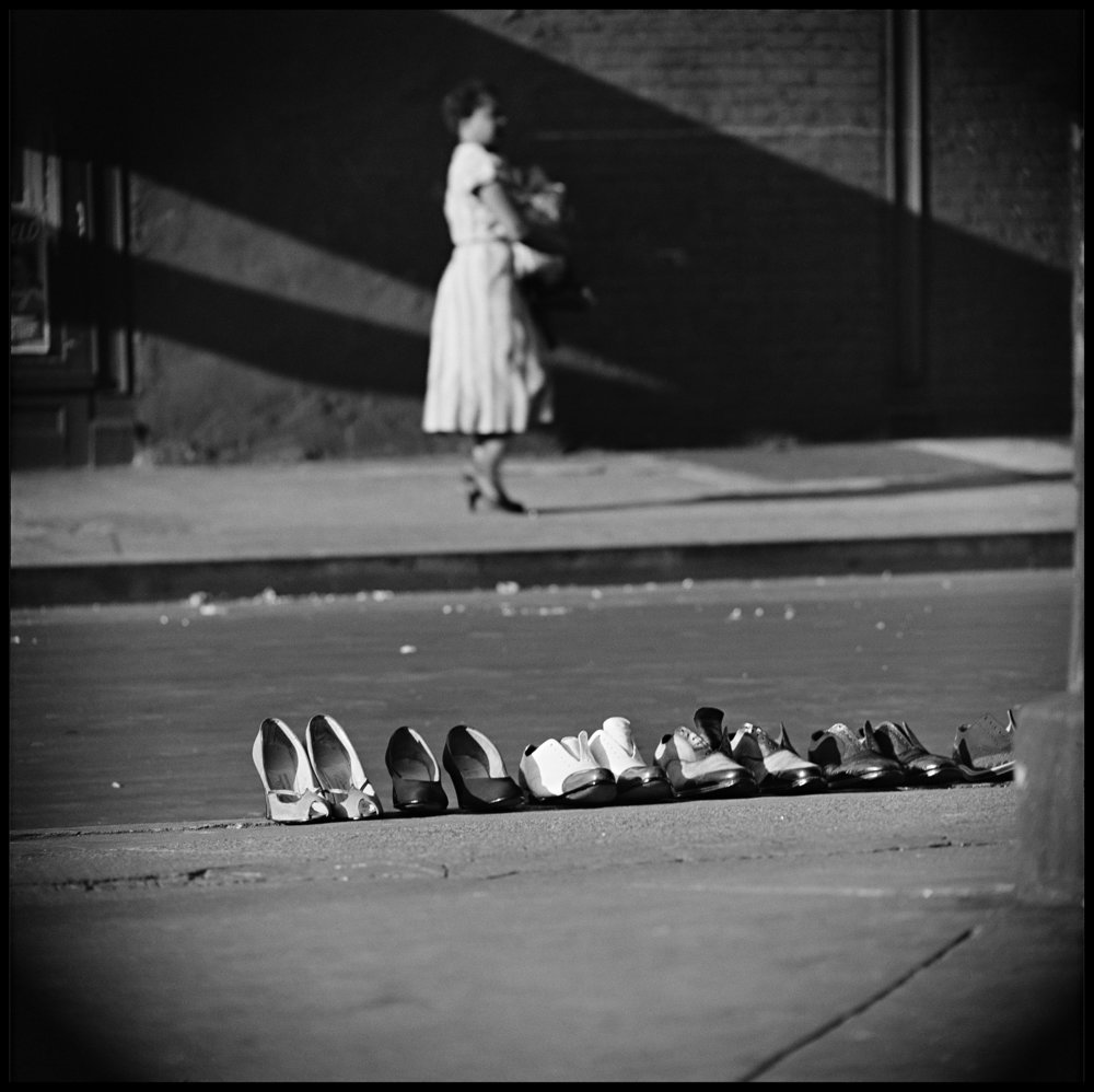 Credit: Photograph by Gordon Parks.  Copyright: Courtesy of and copyright The Gordon Parks Foundation.