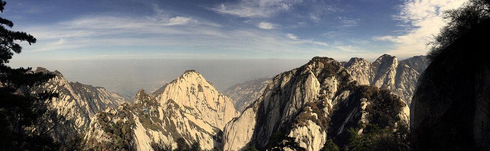 Looking East from the East Peak of Mount Hua , 2016 ©Zhang Huajie,