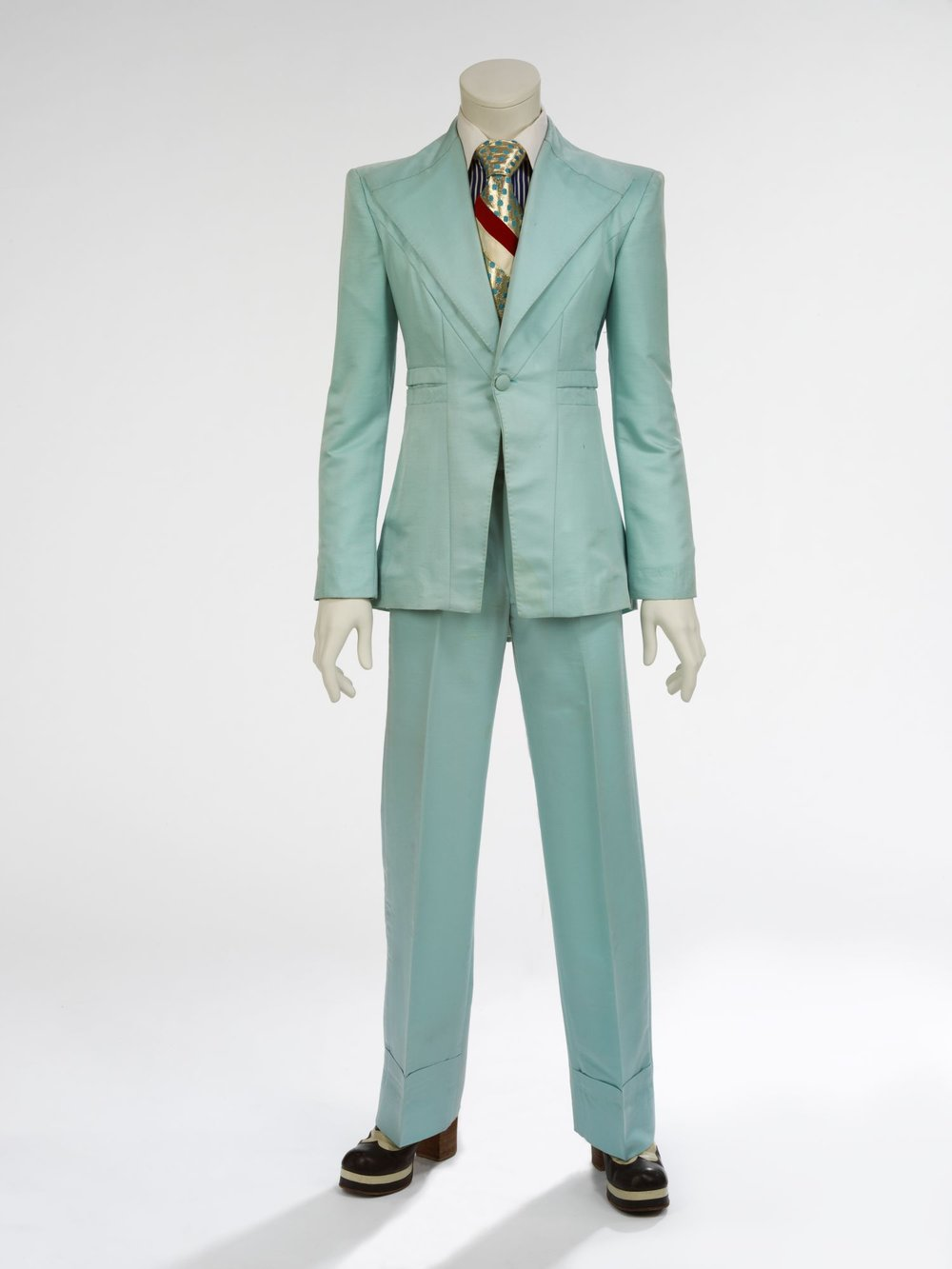 "Ice-blue suit, 1972. Designed by Freddie Burretti for the ""Life on Mars?"" video. Courtesy of The David Bowie Archive. Image © Victoria and Albert Museum"