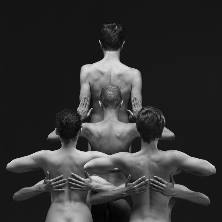 Kleckso The Dress © Olivier Valsecchi