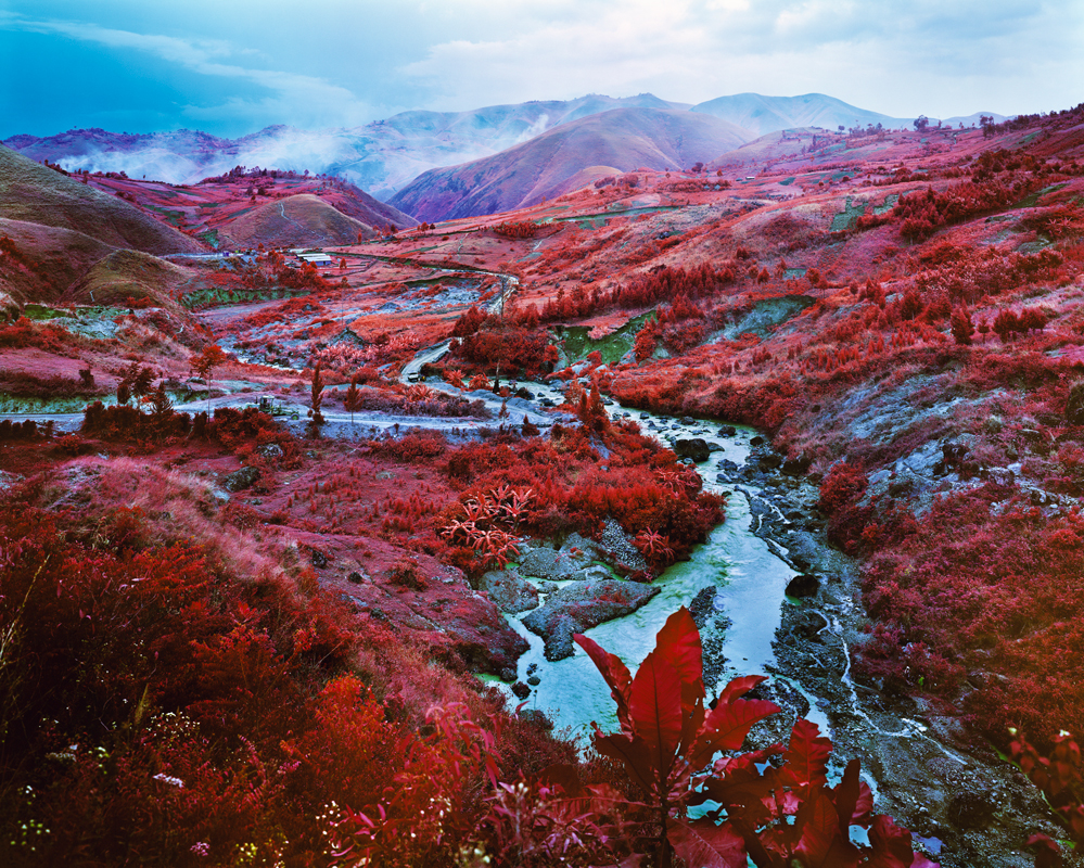 © Richard Mosse,  Commodius Vicus , 2015, Digital C-print, 40 x 50 in