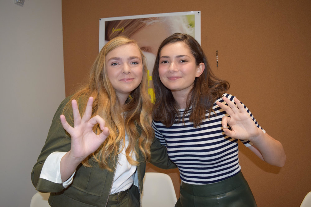 'Eighth Grade' stars Elsie Fisher (l) and Emily Robinson. Photo © Cailin Loesch