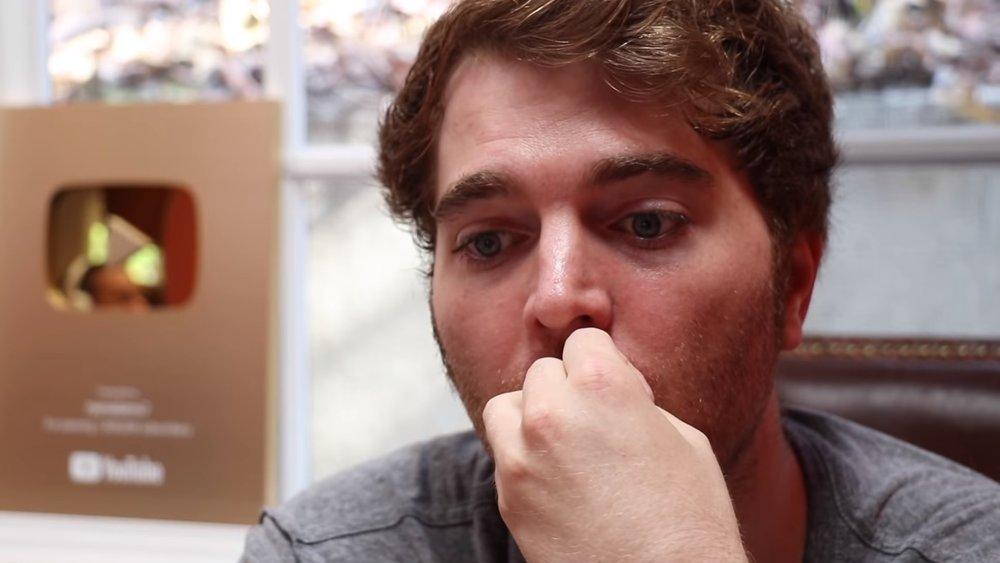 Shane Dawson nervously considering his work on Jake Paul © Shane Dawson, via YouTube