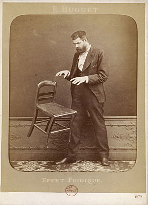 French photographer Édouard Isidore Buguet captures a chair levitation, 1875. © Édouard Isidore Buguet/Wikimedia Commons