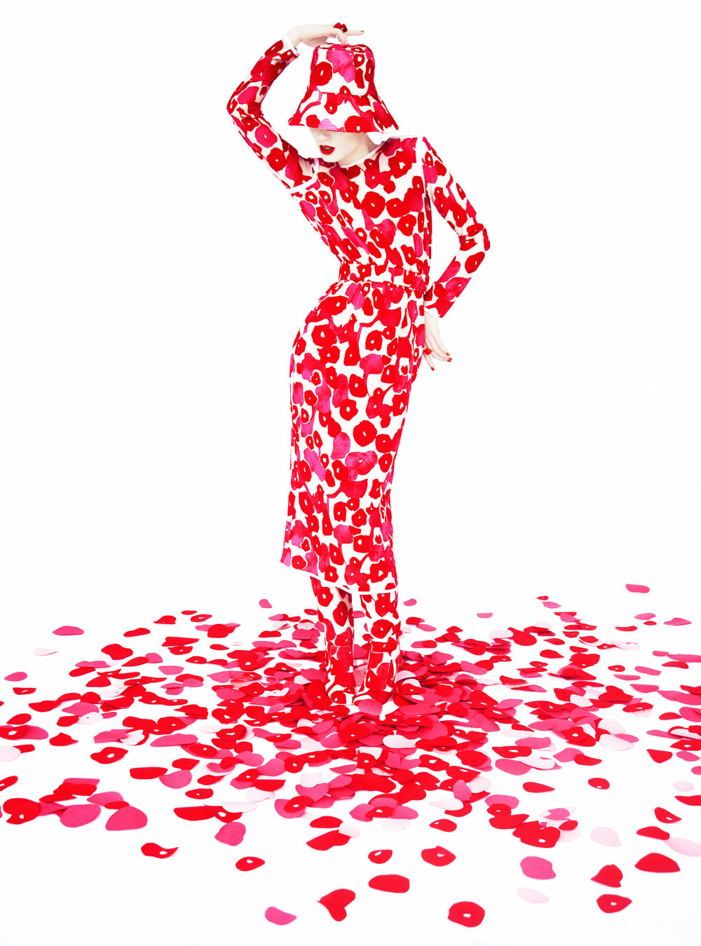 Erik Madigan Heck.   Florals, Harper's Bazaar UK, 2015.  ©Erik Madigan Heck/Courtesy Staley-Wise Gallery, New York