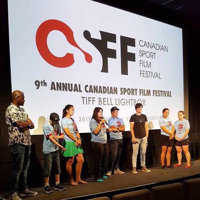 Loving the Q&A after the #familyscreening of Salluit Run Club, moderated by Canadian boxer, Mary Spencer and joined by several Indigenous youth from the northern most parts of Québec. #CSFF17 #sportforsocialchange #running #salluitrunclub