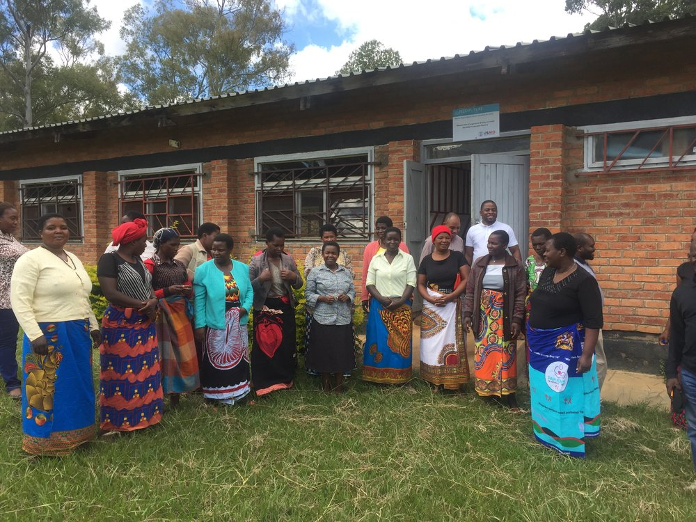 Members of the Miawathu tomato processing cooperative sing me a song of thanks.