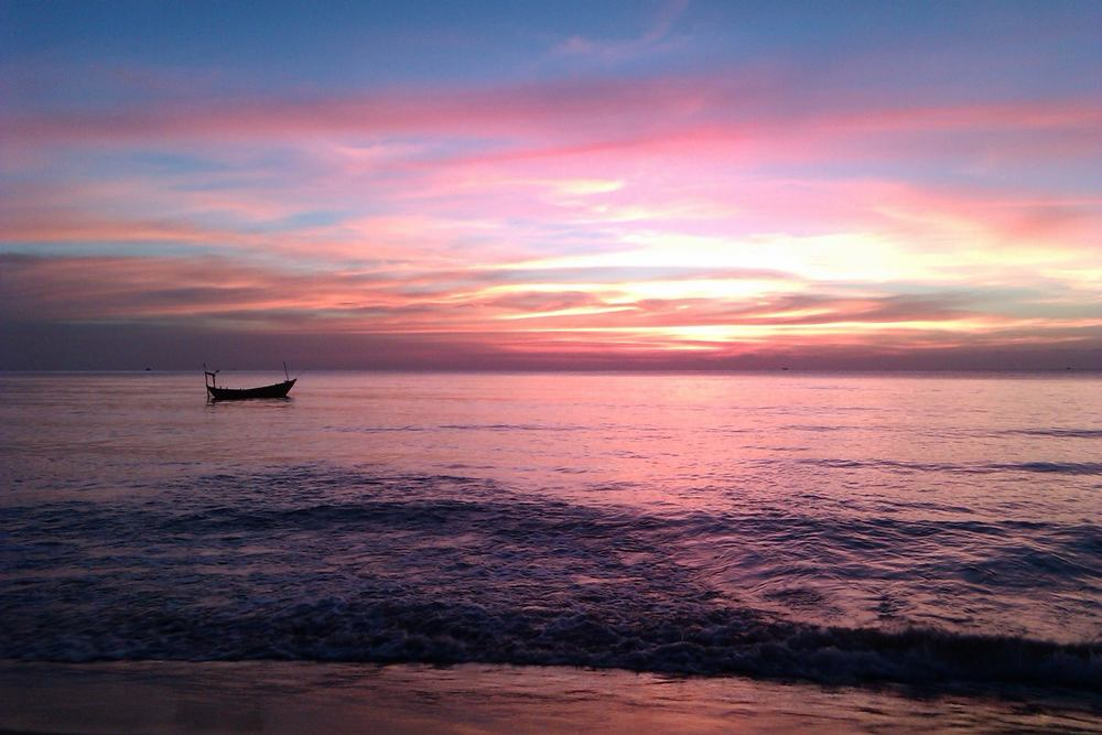 SUNSET IN PHU QUOC, VIETNAM