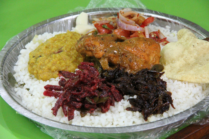 TRADITIONAL SRI LANKAN CUISINE (PHOTO COURTESY OF MIGRATIONOLOGY.COM)