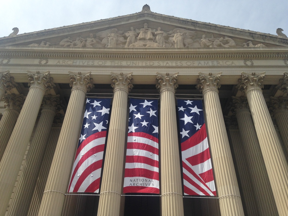 THE NATIONAL ARCHIVES OF AMERICA
